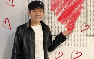 60歲趙傳現身台師大攻讀碩士 專心上課背影被拍下