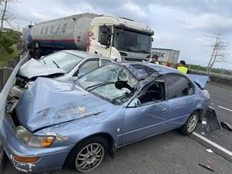 國3台南柳營段事故 油罐車連撞4轎車 5人受傷送醫