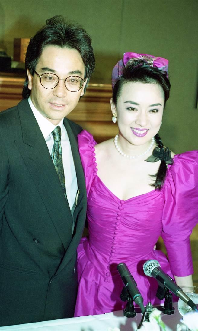 翁倩玉與畫廊經紀人鈴木洋樹婚姻維持6年。