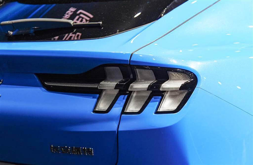 比 Model Y 更便宜,陸製野馬 Mach-E 推四車型、台幣 115 萬元就買的到