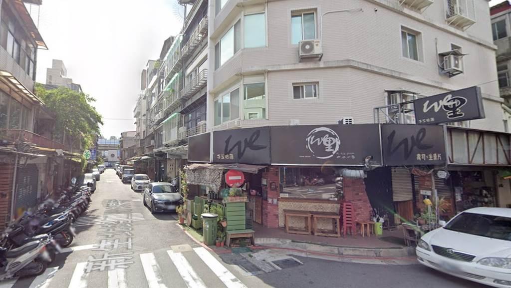 中山區的新生北路二段137巷內出現百萬級公寓。(翻攝自Google街景)