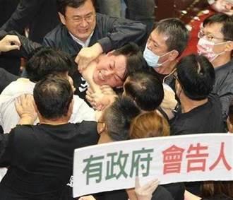 多位藍委因內臟大戰落榜「公督盟」 網批:陳柏惟嗆1打35就沒事?
