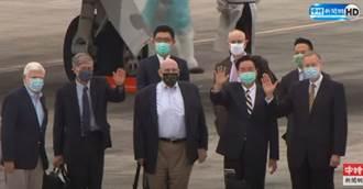 影/拜登首發團訪台 美國前參議員陶德抵台最新畫面