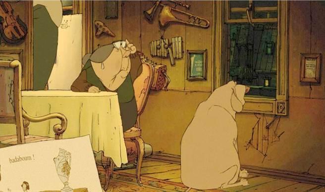「佳麗村三姊妹」家中牆上掛滿了導演休曼的所有心頭愛。(海鵬影業提供)