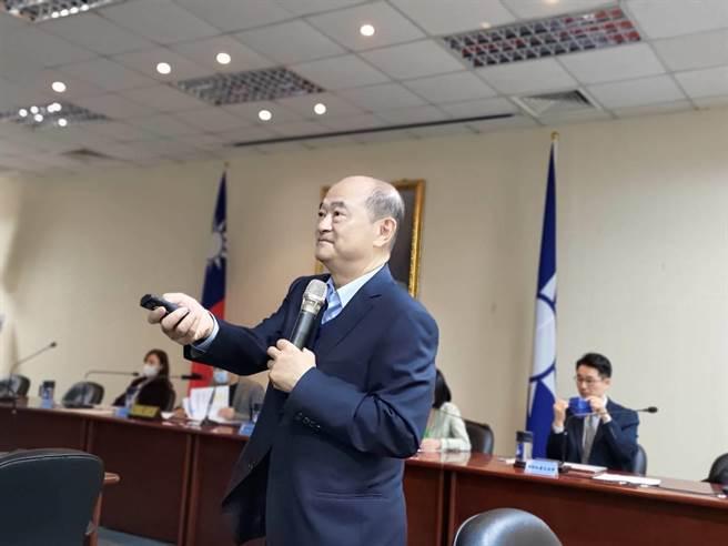 國立陽明交通大學運輸與物流管理學系榮譽教授馮正民。(黃福其攝)