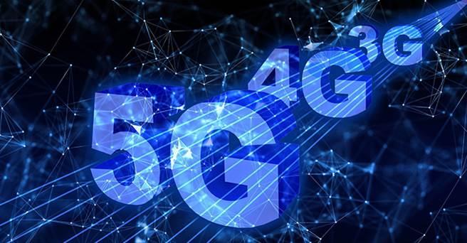 5G、AI發展帶動周邊產業,愈來愈多求職者,打算投入資通相關產業。(圖/取自pixabay)