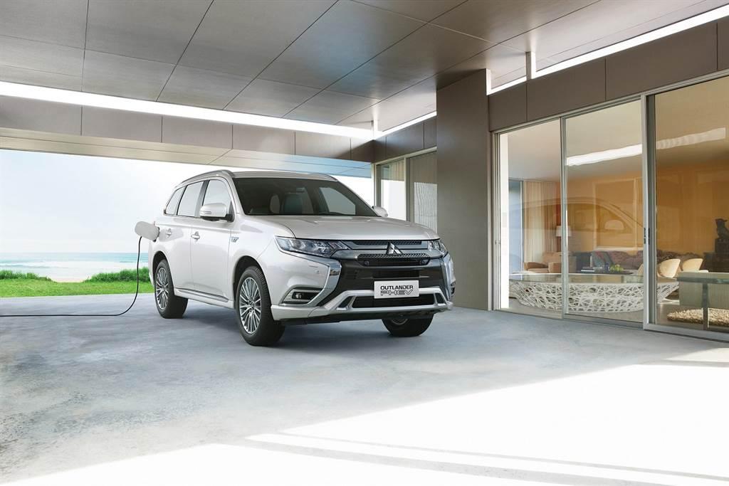 Mitsubishi推出車電分離專案,只要119.6萬就能入主OUTLANDER PHEV。