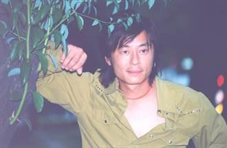 王傑昔復出慘遭下毒失聲 網曬自拍照憔悴模樣曝光