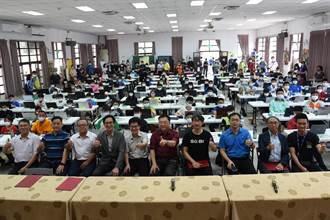 南投科技教育融入教學 程式解題百人競技