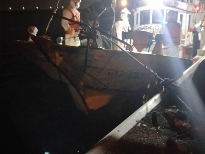 金滿一號去年9月才載運35名偷渡客遭查獲,今年又更換船長繼續犯案。(海巡署提供)