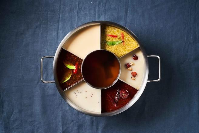 湊一鍋微風南京店盛大開幕,限定「七格鍋」滿滿湯頭一次滿足。(湊一鍋提供)