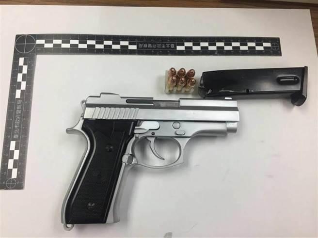 北市警方去年查獲151把槍枝、8萬多發子彈。(本報資料照片)