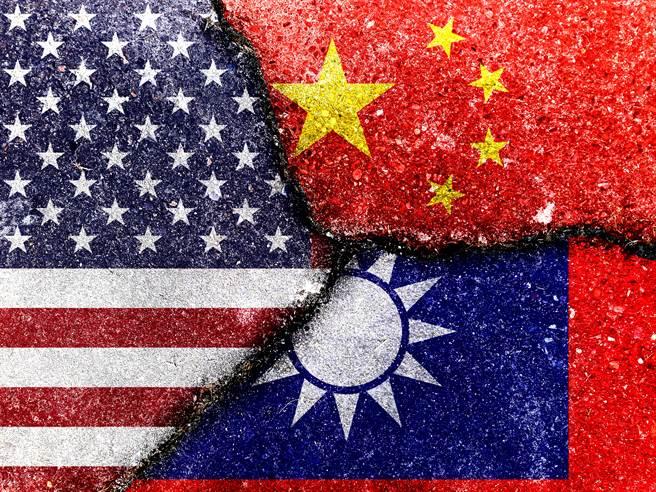 美國想重新主導世界經濟,將台灣視為重要盟友。(圖/Shutterstock)