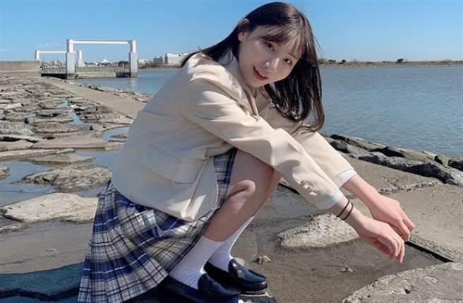 AV新人伊東愛瑠表示自己是台日混血,且是在台灣演過戲的童星。(翻攝自伊東愛瑠IG)