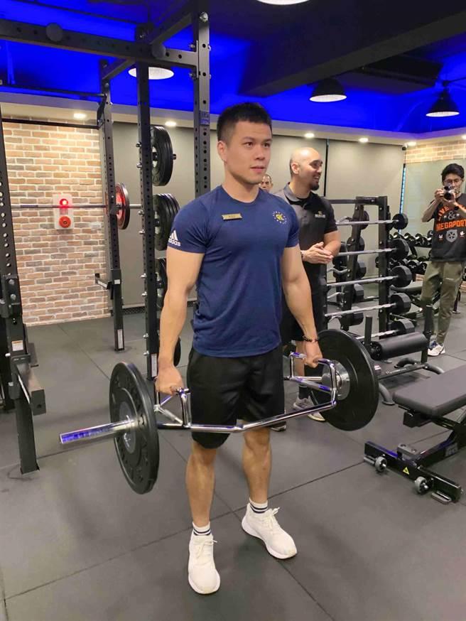 健身工廠企業總部打造2層樓健身房給員工使用。(柯宗緯攝)