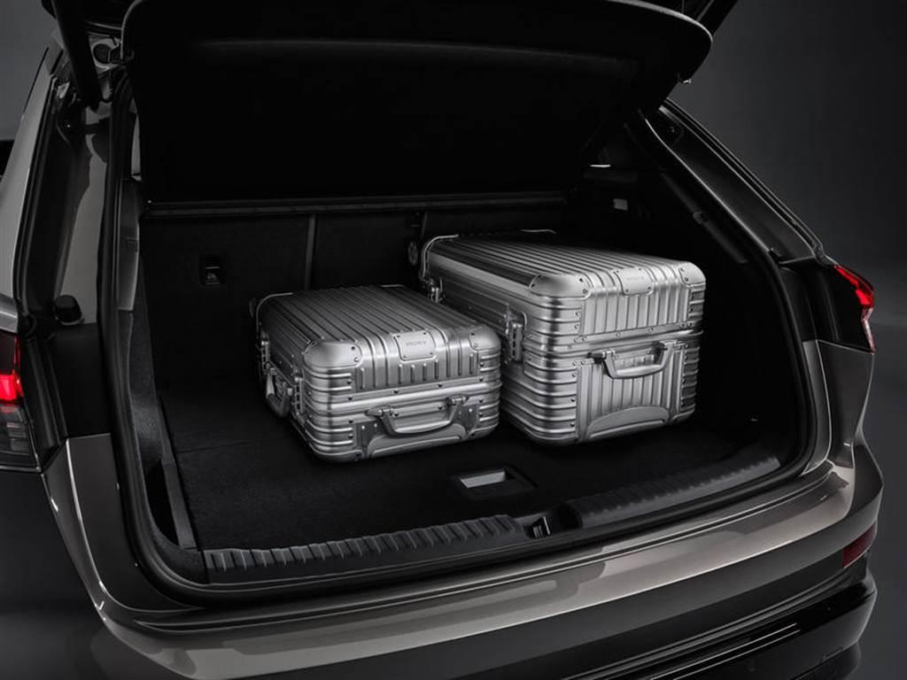 海外售價 128 萬元起跳,Audi Q4 e-tron、Q4 e-tron Sportback 量產車型正式公開