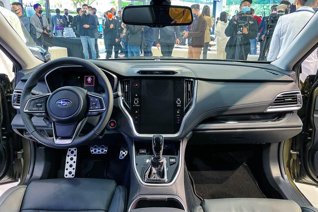 車艙佈局以人為本,舒適、質感全面提升。