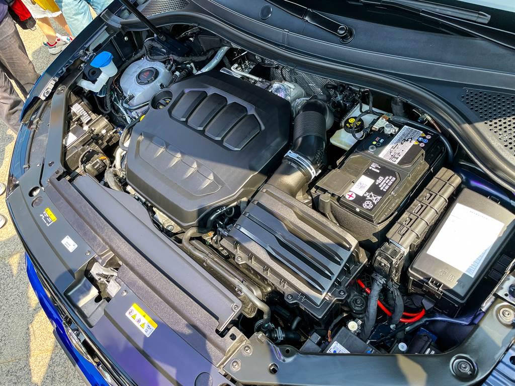 三款2.0L車型皆搭載EA888 Evo4四缸渦輪增壓引擎,分別具有190hp、245hp與320hp三種不同最大馬力輸出。
