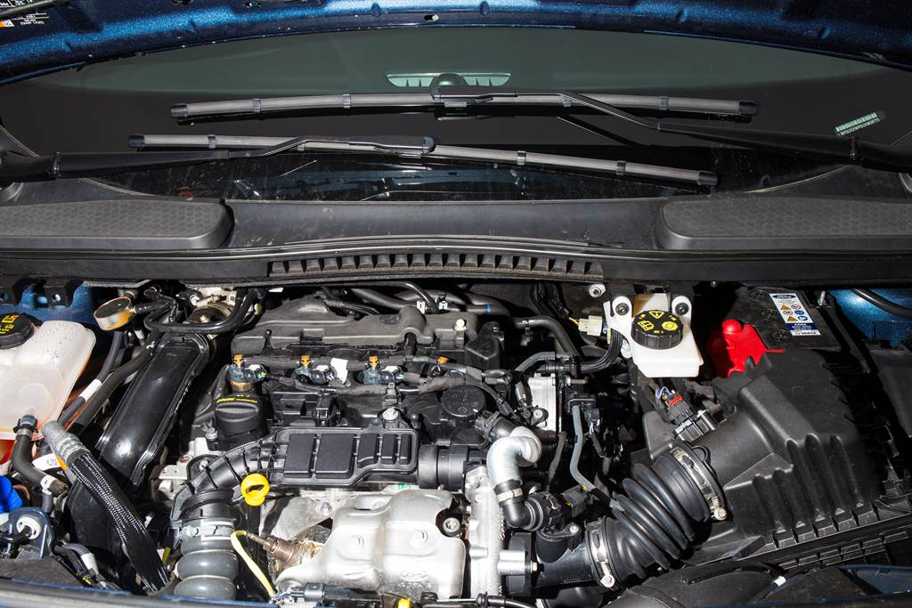 1.5L EcoBlue引擎提供120ps/4000rpm最大馬力、27.5kgm/1750-2500rpm最大扭力。