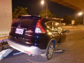 台中大里兩車嚴重碰撞 休旅車斷二截引擎噴飛