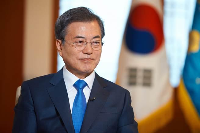 南韓總統文在寅在首席秘書會議中發表談話,希望5月訪美之行能夠與拜登就早日舉行兩韓與美朝高峰會談交換意見。(資料照/shutterstock)