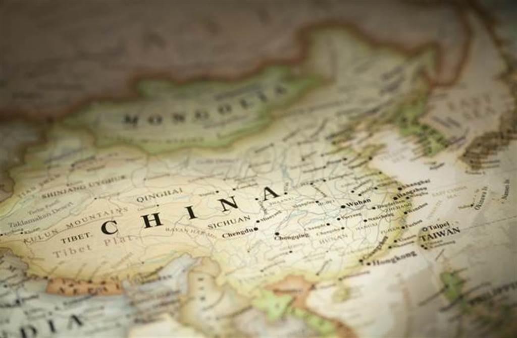 白宮發言人莎琪今天再批中國對台脅迫行動升高,意圖削弱台灣民主,擔憂可能破壞穩定。(達志影像/shutterstock提供)