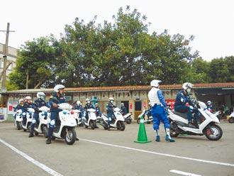 桃交警辦機車訓練 確保執勤安全