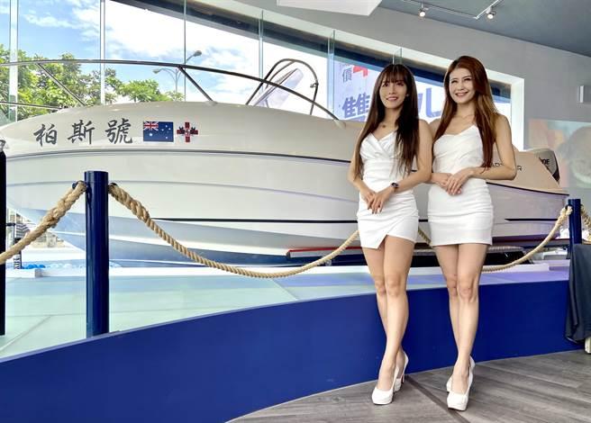 美式賣場去年底開幕時,一艘近兩百萬遊艇秒賣出,引發「台中好野人這麼多」話題,這台豪華遊艇買家17日曝光。(盧金足攝)