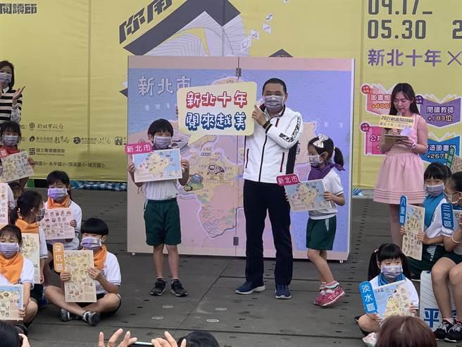 新北市長侯友宜今天上午出席新北閱讀節活動。(王揚傑攝)