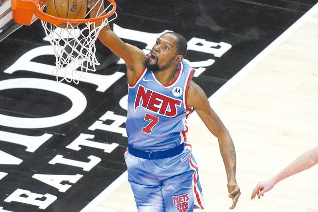 NBA球星杜兰特2017年投资Coinbase,至今报酬达54倍。图/美联社