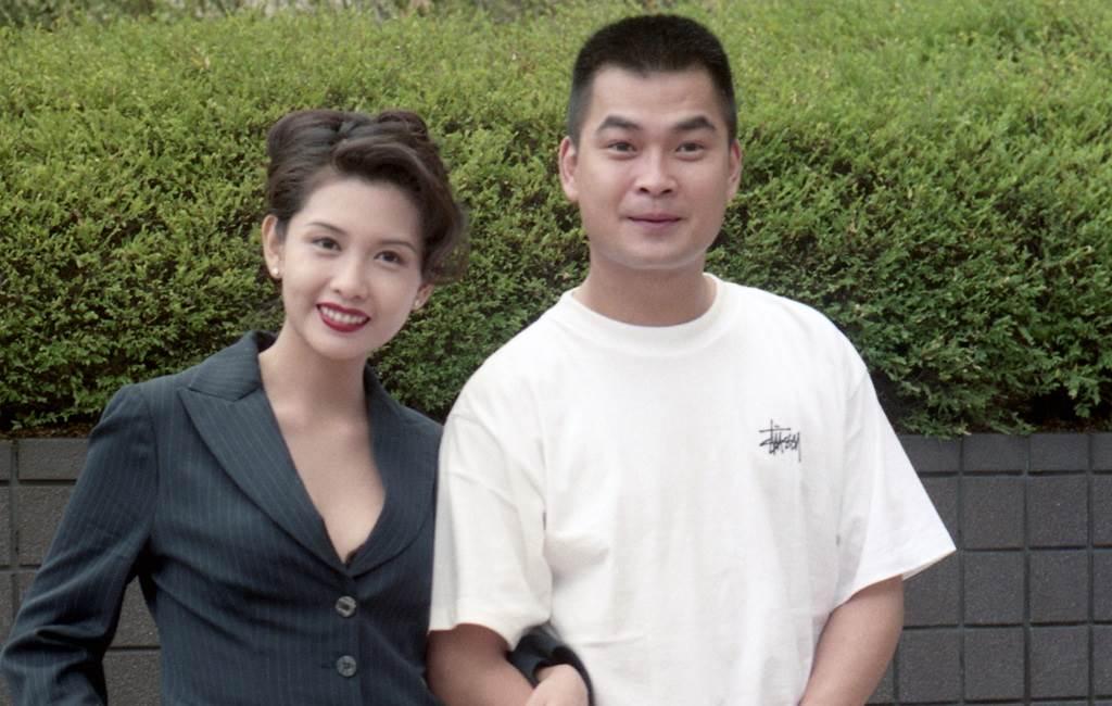 葛民輝1994年與邱淑貞合影。(圖/中時資料照)