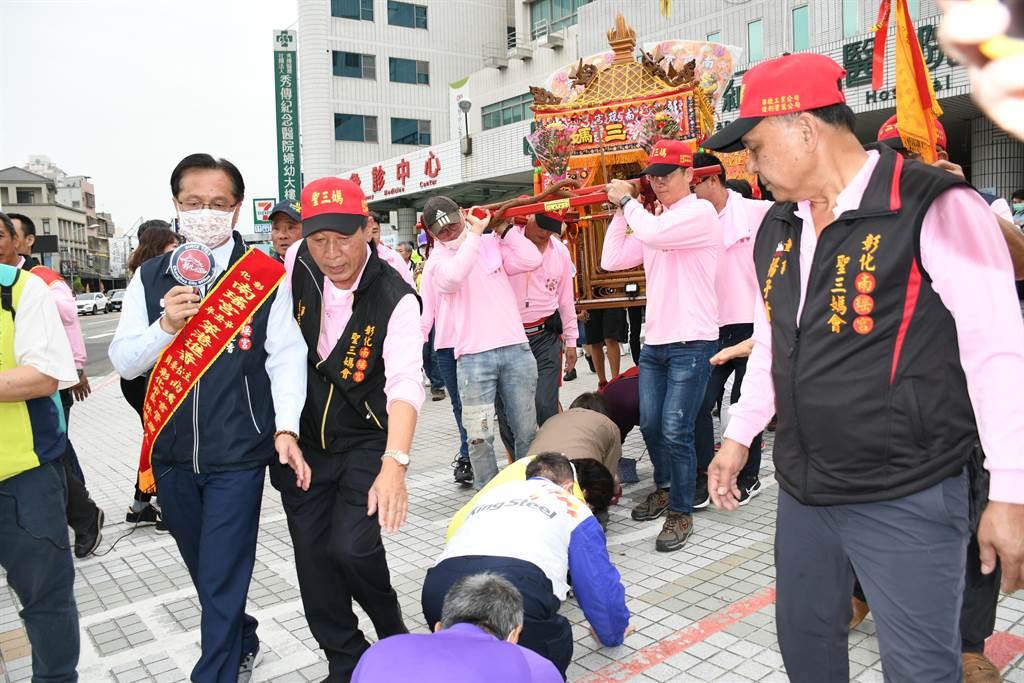 南瑤宮彰化媽徒步百年古香路到笨港進香18日起駕。(吳敏菁攝)