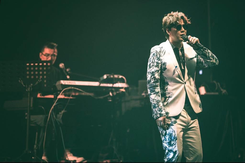 蕭煌奇《舞台》台語巡迴演唱會唱進台中,賣座9成5。(環球音樂提供)