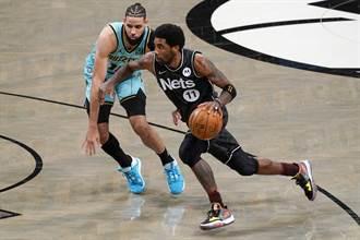 NBA》4/17十大好球 約基奇背後長眼 厄文曼巴式拉桿