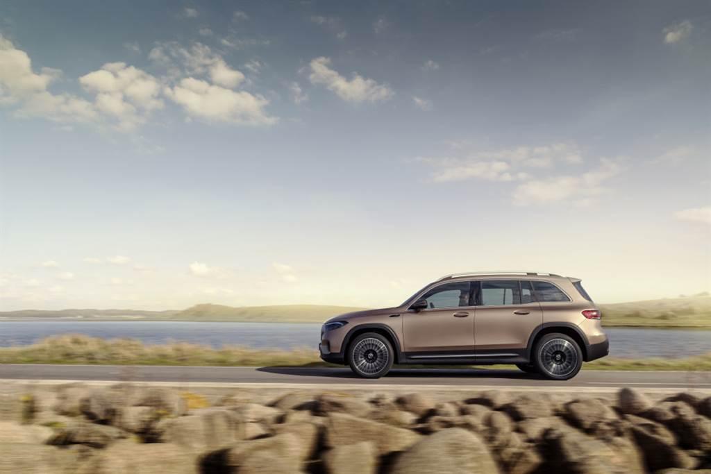 2021 上海車展:續航力最高達 478km,Mercedes-Benz EQB 七座電動休旅車中國全球首發