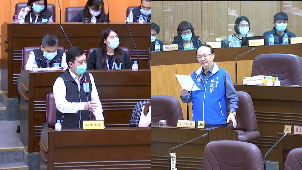 秘書處長顏子傑為失言3度向議員林政賢說「不好意思」。(蔡依珍攝)