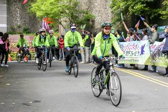 康橋288位學子單車環台 挑戰全程920公里