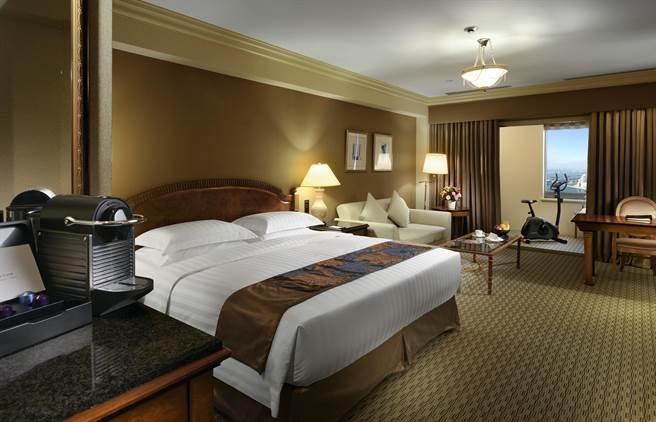 面港第一排,擁有山河海港最佳視野,是漢來飯店傲視同業的優勢。(柯宗緯翻攝)