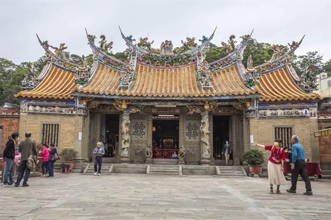 北埔慈天宮修復工程,以傳統工藝再現古蹟風華。(羅浚濱攝)