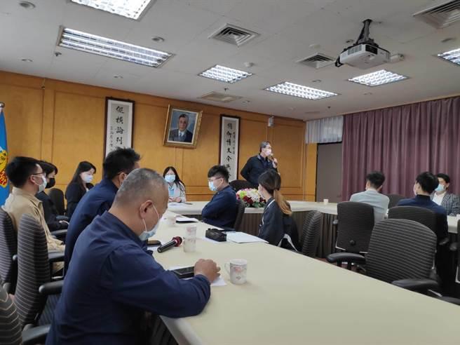 文大今天召開校安會議,討論如何強化校園安全。(文大提供/林志成台北傳真)