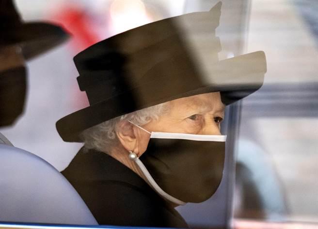 英國女王伊麗莎白二世(Queen Elizabeth II)即將在21日迎接95歲生日,這將是女王70多年來,首度在沒有王夫菲立普的陪伴下度過生日。(圖/TPG、達志影像)