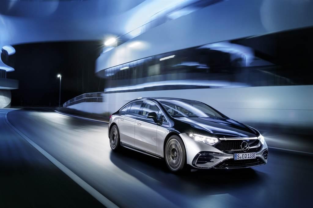 2022 Mercedes-Benz 生產基地將全面使用再生能源