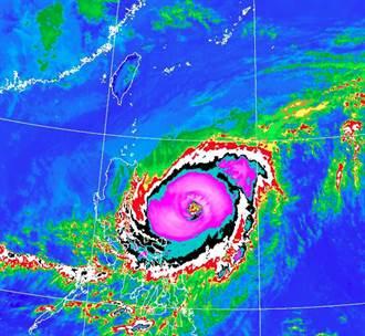 「颱風真會這樣轉」鄭明典PO一張圖 網哭:閃台灣閃太明顯