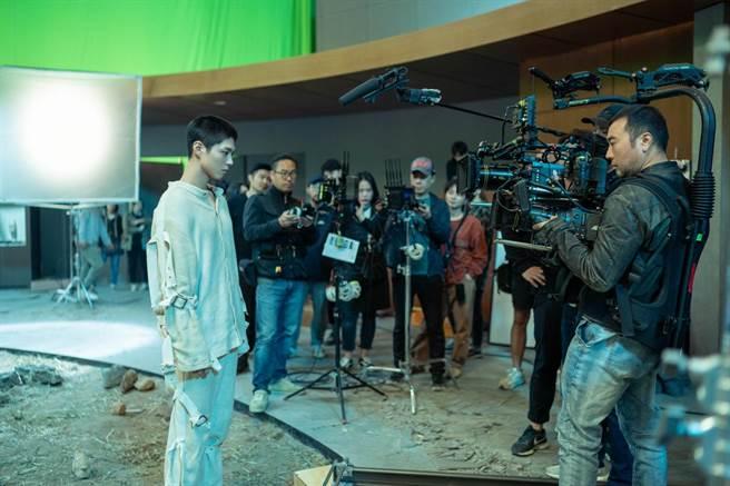 導演李勇周及孔劉都對朴寶劍的精湛演技讚譽有佳。(CATCHPLAY提供)