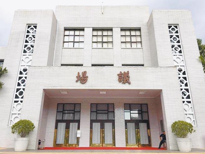 北市議員羅智強19日在工務部門質詢時提到,北市府若還不處理立法院違建,就是打擊處理違建的決心。(本報資料照片)