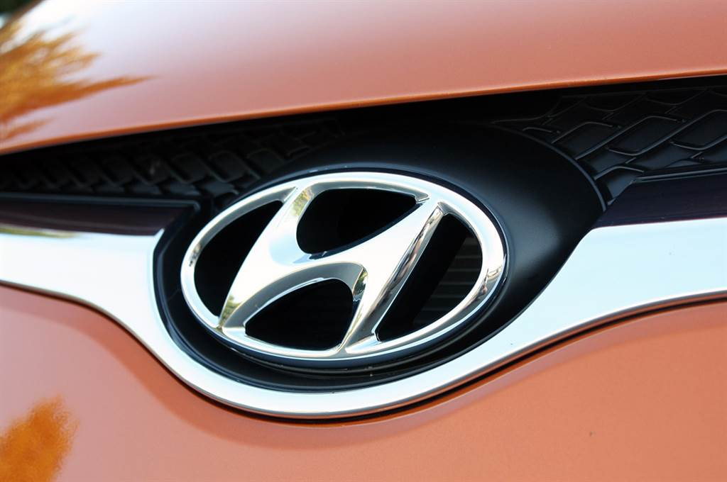 HYUNDAI現代汽車響應抗旱節水,即日起車輛回廠不主動提供洗車服務,並回饋響應車主原廠雨刷水添加液一罐。