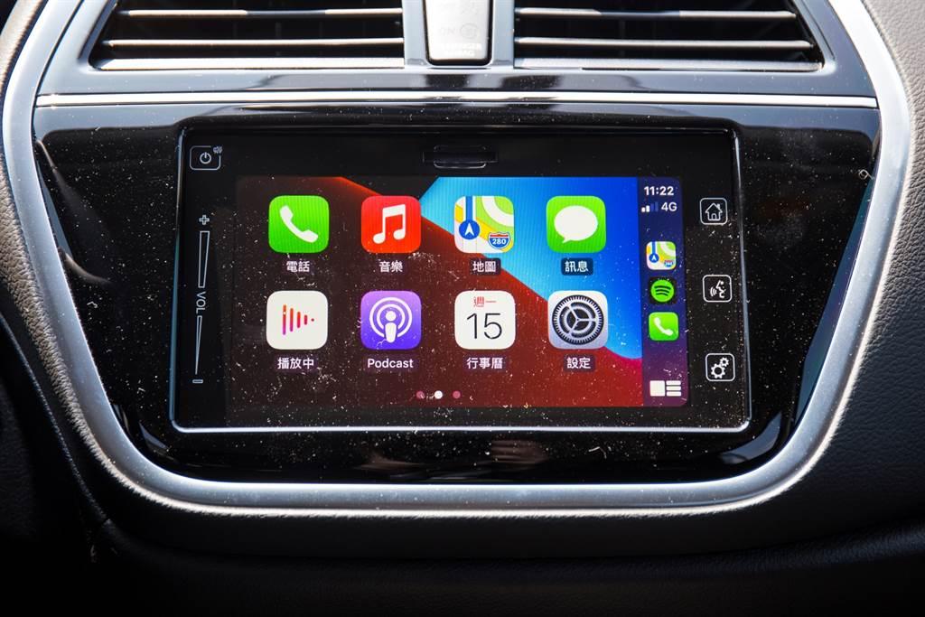 原先列為選配的7吋主機,與過去試駕過的Suzuki車款相同,並未提供太多功能,最重要的就是支援Apple CarPlay/Android Auto兩大智慧型手機連接介面,如此就能隨著兩大系統逐漸進化而提供更多功能,使用者也無須特別學習就能輕易上手。
