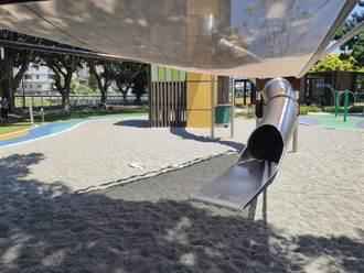 龜山公園孩童溜滑梯亂扔沙 民眾批公德心真的要加強