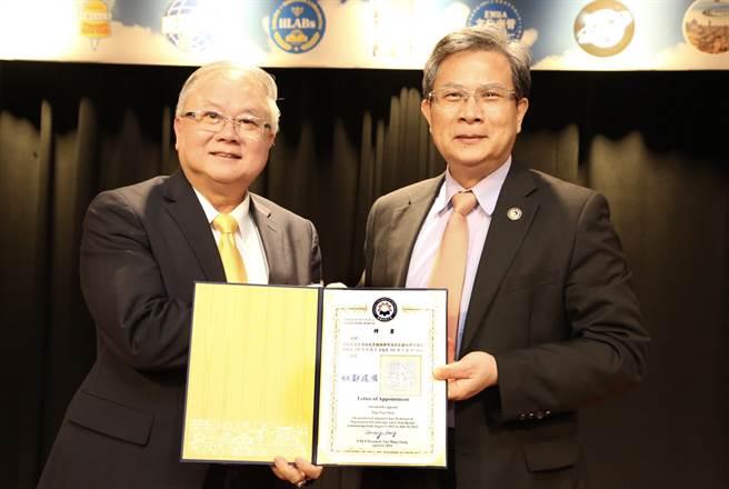 珠海台協常務副會長簡廷在19日在台北市文化大學大夏館舉辦《與迪士尼同行 簡廷在的三意與十力》新書發表會。(照片提供/簡廷在會長)
