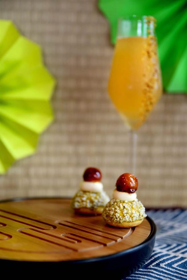 「奇萊烏龍檸檬泡芙」一口咬下可嘗到烏龍淡淡尾韻佐以檸檬的酸。(台北W飯店提供)